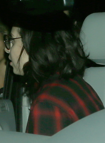 File:9-30-13 Leaving a Recording Studio 001.png