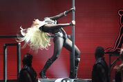 2011-09-25-23-03-25-5-lady-gaga-took-the-iheartradio-music-festival-by-s