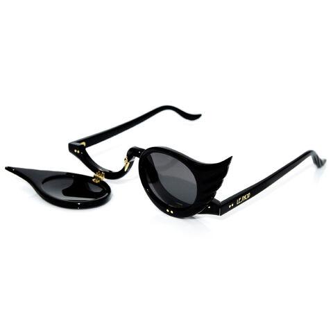 File:AKK x LeSnob - Black Swans.jpg