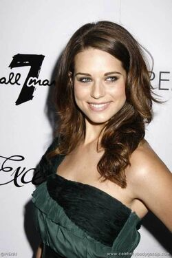 Lyndsy-fonseca-picture1