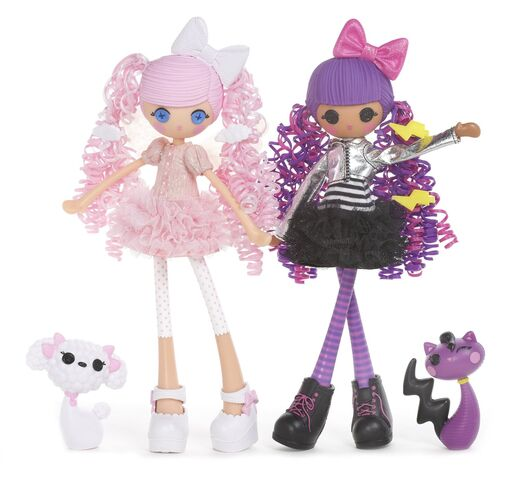 File:Cloud E. Sky & Storm E. Sky - Girls dolls.jpg