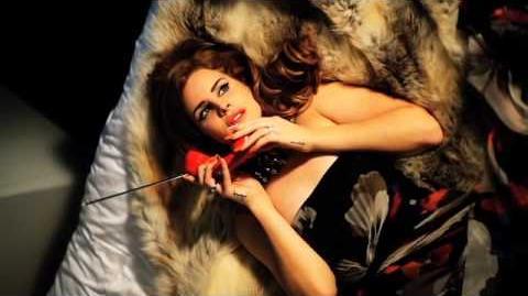Ellen Von Unwerth Photoshoot (Vogue Italia) Behind the Scenes