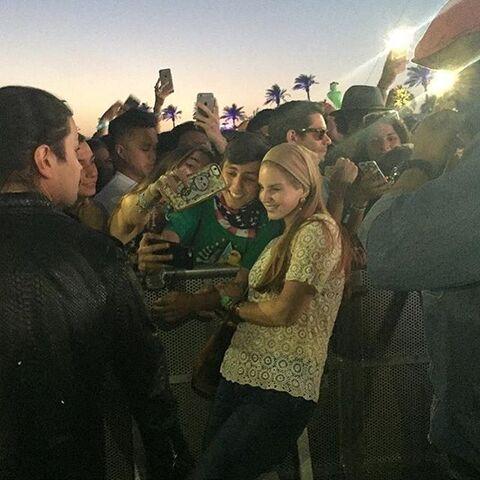 File:Coachella2016 Night1 04.jpg