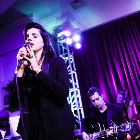 File:Lana-Concert3.jpg