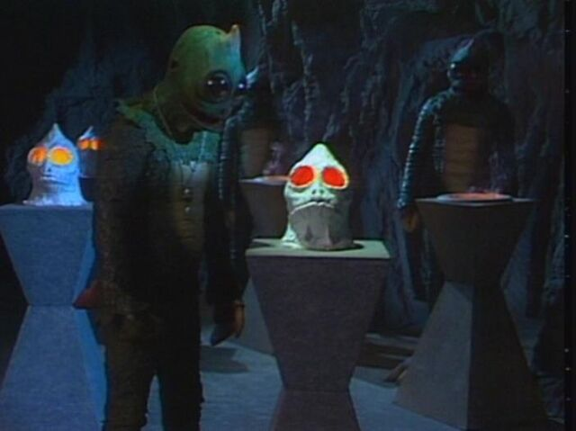 File:Sleestak library of skulls .jpg