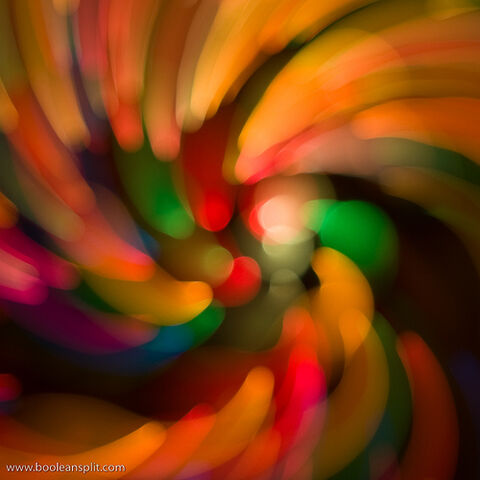 File:When bokeh and alcohol mix.jpg