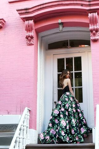 File:Sherri Hill Prom Collection (1).jpg