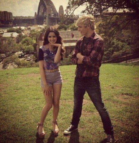 File:Ross and Laura shooting promos.jpg