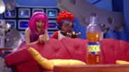 Nick Jr. LazyTown Pixel and Stephanie 8 - Zap It!