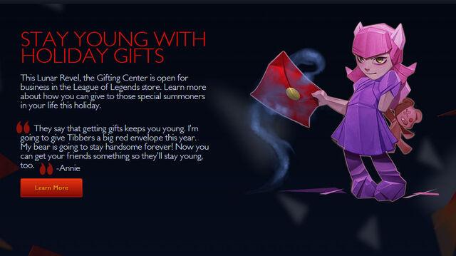 File:Annie-gifting.jpg
