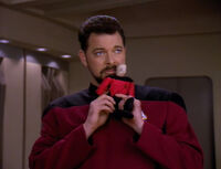 Riker imitates Picard - the pegasus