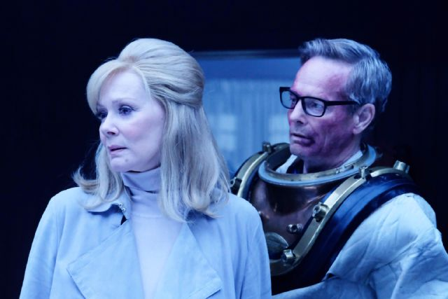 File:Promotional Image 1x07 Chapter 7 (2).jpg