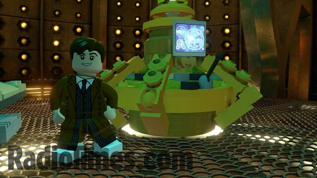 File:Lego David Tennant's Tardis.jpg