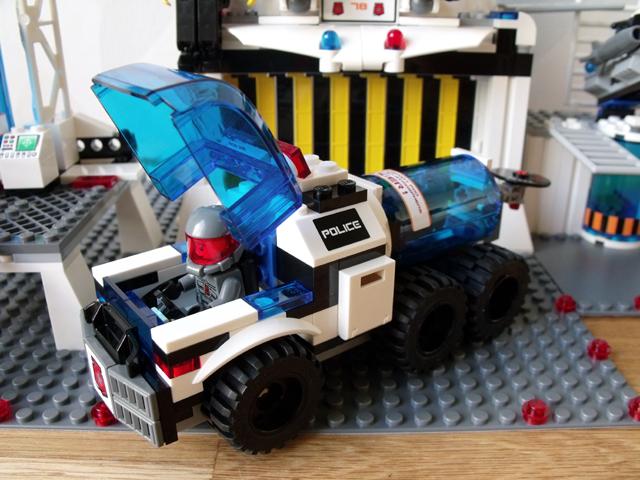 File:5985 Vehicle.jpg