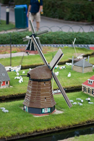File:Legoland-NL2.jpg
