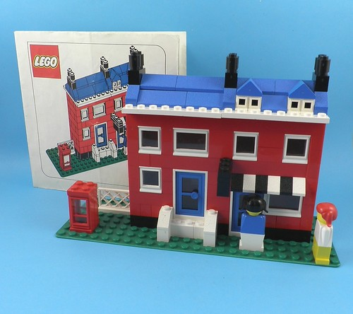 File:LEGO Promotional house.jpg