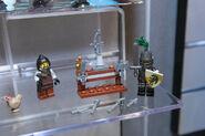 LEGO Toy Fair - Kingdoms - 6918 Blacksmith Attack - 05