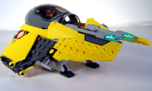 File:Anakin's Starfighter 2.png