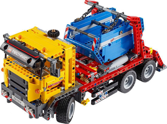 File:LEGO Technic 42024 - Container Truck.jpg