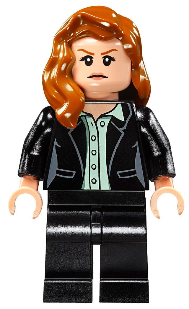 File:Lego-Superman-v-Batman-76046-Heroes-of-Justice-Sky-High-Battle-Set-Louis-Lane-Minifigure.jpg