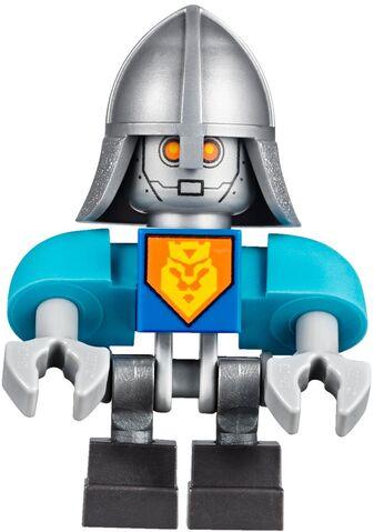 File:King Bot.jpg