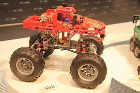 File:Lego 42005.png