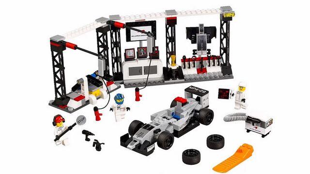 File:Lego Speed Champions Mclaren Mercedes Pit Stop.jpg