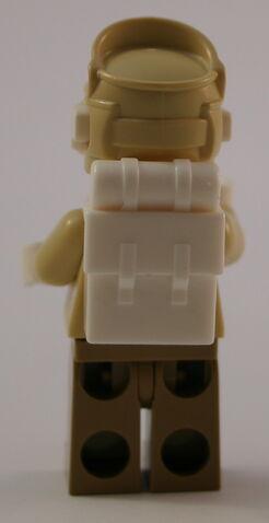 File:8083 Rebellen Trooper Backpack.jpg