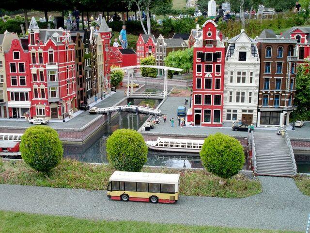 File:Lego Amsterdam 1.jpg