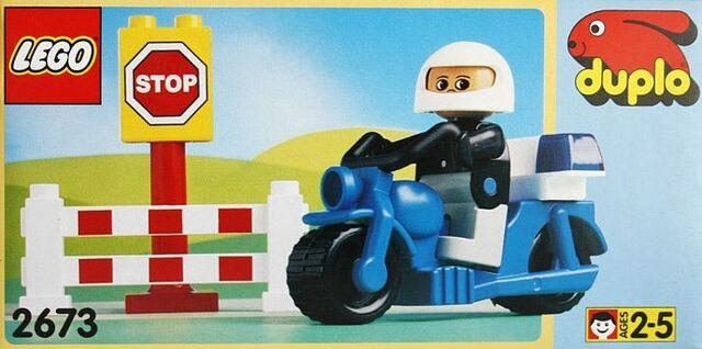 File:DUPLO Police Motorcycle.jpg