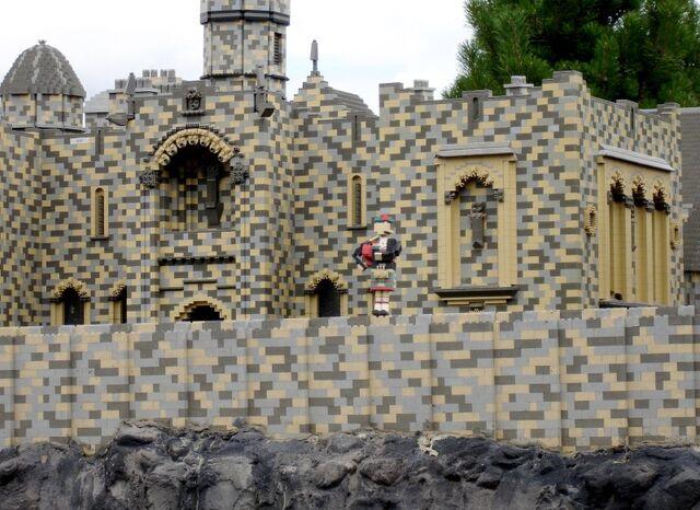 File:Lego Piper.jpg