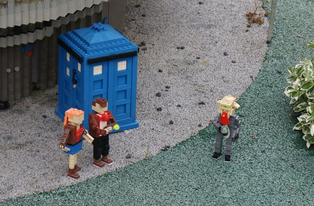 File:Miniland windsor doctorwho2.jpg