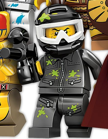 File:Paintball Player Minifigure.png