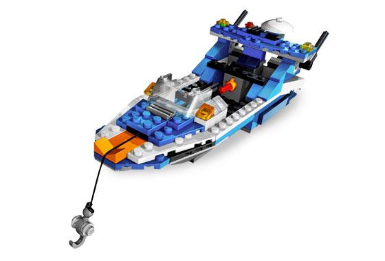 File:4995 Boat.jpg