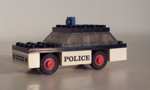 File:611 police car2.jpg