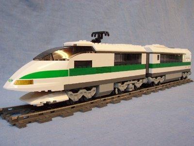 File:10157 high speed train with 10158 passenger car.jpg