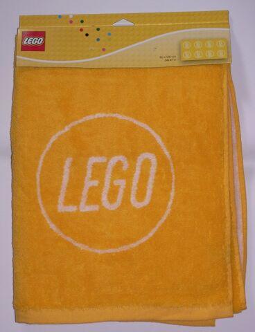 File:Yellowtowel.jpg