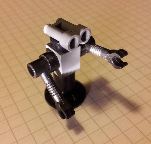 File:Picobot-tall.jpg