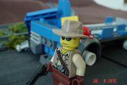 LEGO post-apoc scene 1