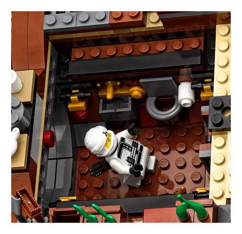 File:70618 Destiny's Bounty 6.jpg