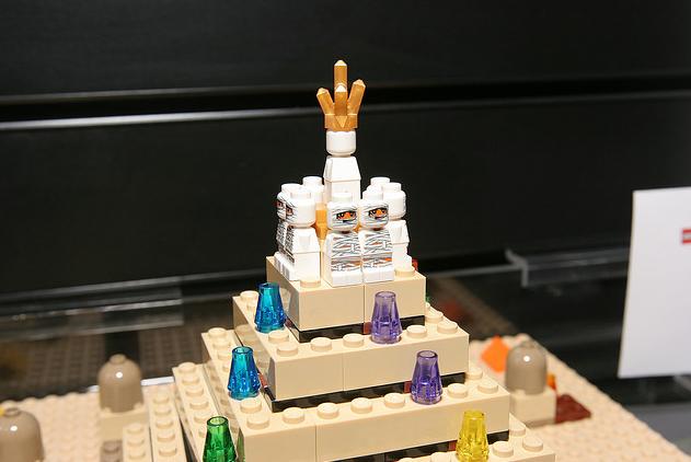 File:Pyramid1.PNG