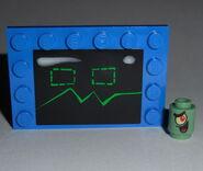 LEGO SpongeBob SquarePants - Karen the Computer with Plankton