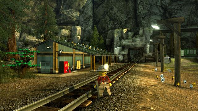 File:Lego City U Mine Outside.jpg