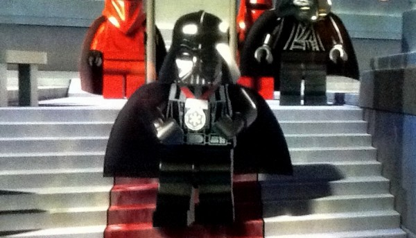 File:The-empire-strikes-out-exclusive-minifig-600x343.jpg