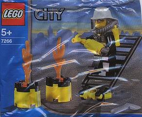 File:7208 Fireman.jpg
