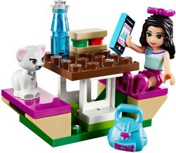 LEGO Friends Emma's Sports Car 41013 3