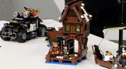 Lego-the-hobbit-lake-town-chase-3