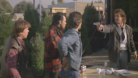 File:Martin Riggs meets with drug dealers.jpg
