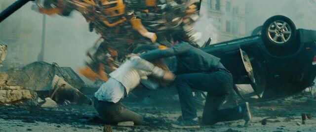 File:Transformers-dark-movie-screencaps.com-15636.jpg