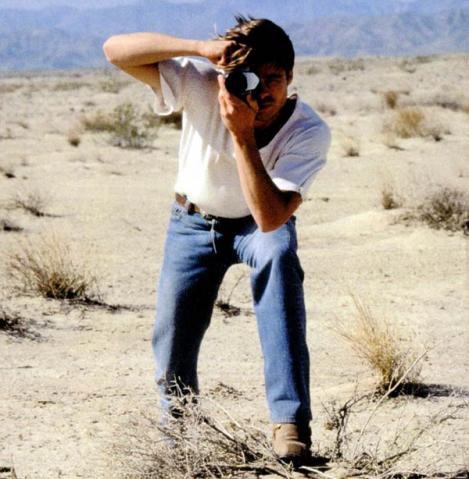 File:Brad Pitt Levis commercial-04.jpg